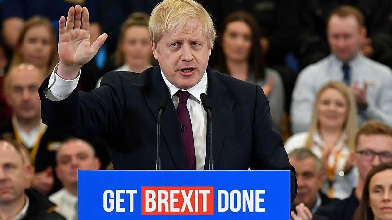 14 horas - La última encuesta da el triunfo a Johnson pero sin una clara mayoría - Escuchar ahora