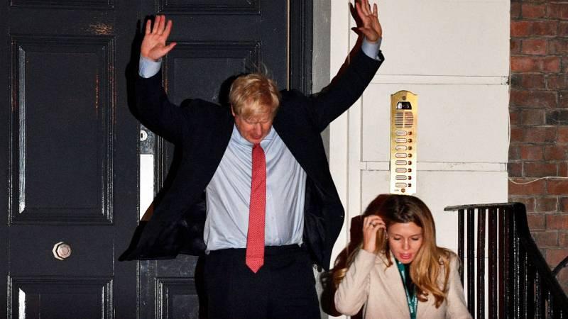 Las mañanas de RNE con Íñigo Alfonso - Boris Johnson consigue una abrumadora mayoría absoluta - Escuchar ahora