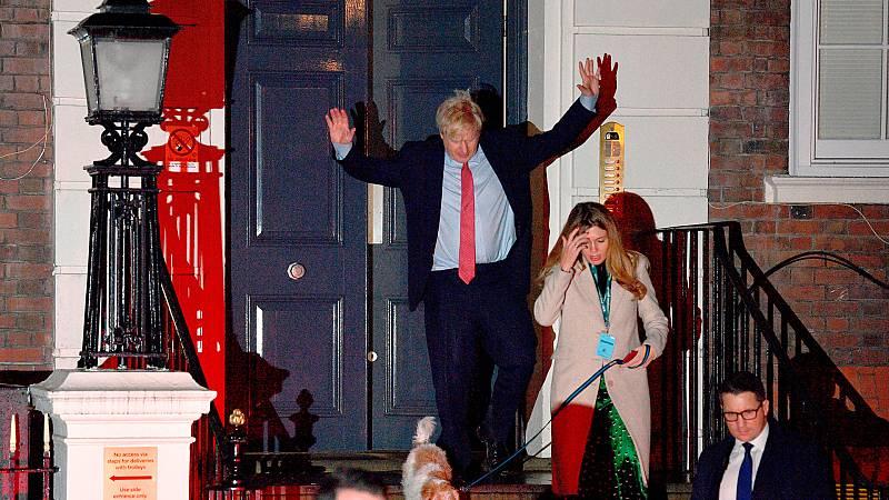 Las mañanas de RNE con Íñigo Alfonso - Arrolladora victoria de Boris Johnson - Escuchar ahora