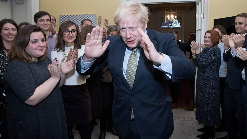 14 horas - Johnson arrasa en las elecciones. ¿Y ahora qué? - Escuchar ahora
