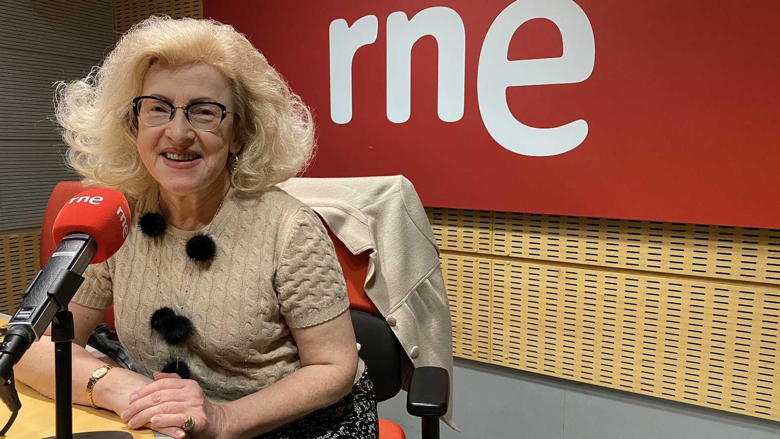"Marzenna Adamczyk: ""Yo voy a pie o en metro"" - Escuchar ahora - 22/12/19"