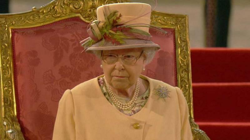 Las mañanas de RNE con Íñigo Alfonso - Discurso de lsabel II en el Parlamento tras el nuevo mandato de Johnson - Escuchar ahora