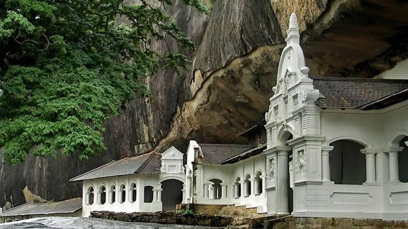 Crónicas de un nómada - Cuevas budistas de Dambulla - 29/12/19 - Escuchar ahora