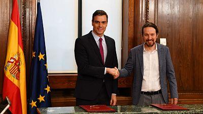 Todo noticias tarde - PSOE y UP firman el acuerdo para un gobierno de coalición - Escuchar ahora