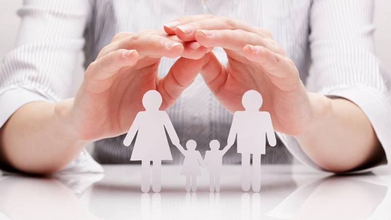 Punto de enlace - IX Barómetro de las familias: formar una familia es más difícil que antes - Escuchar ahora