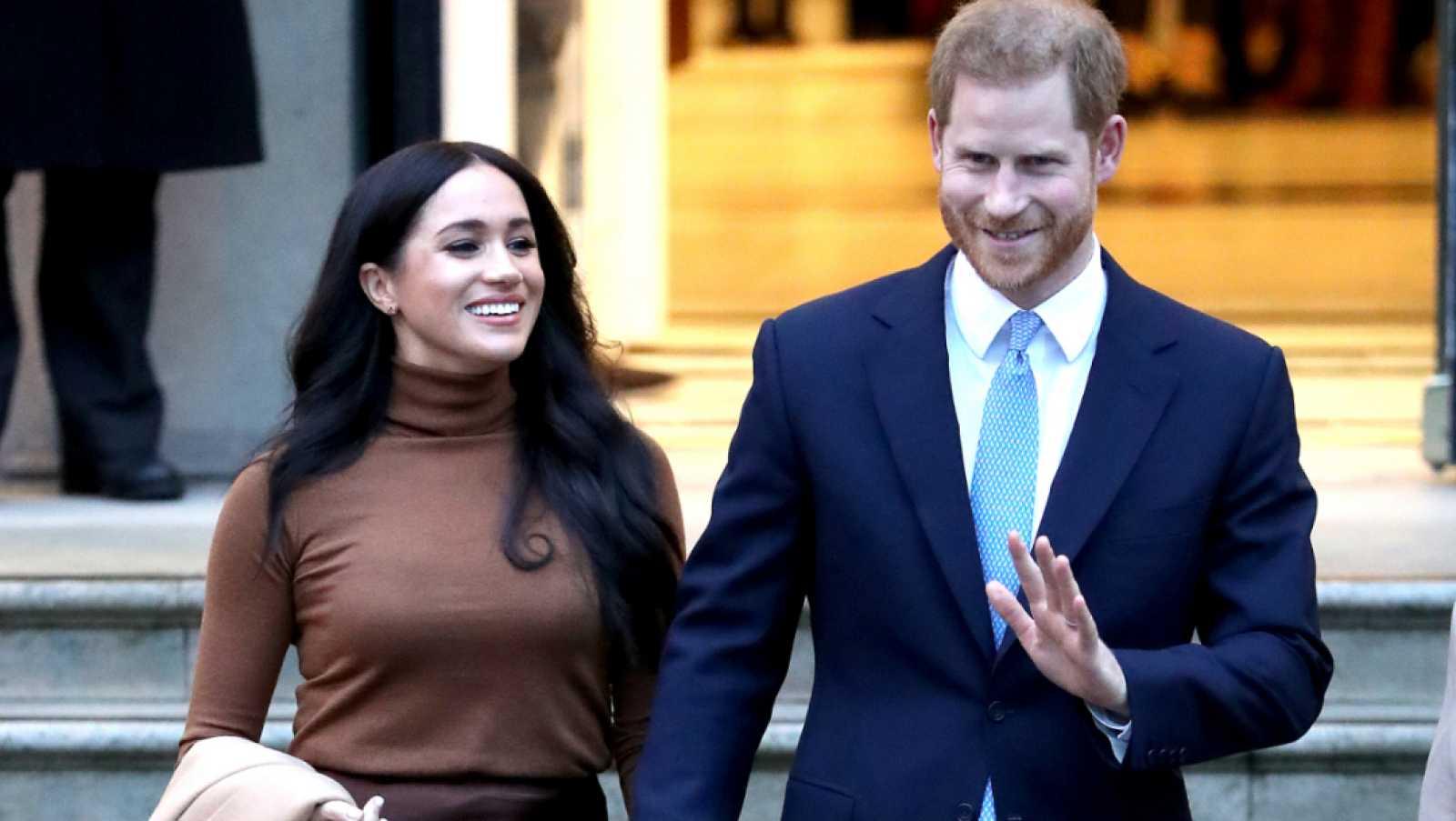 """Las mañanas de RNE con Íñigo Alfonso - La renuncia de los Sussex está planteando """"un debate más profundo"""" sobre la monarquía - Escuchar ahora"""