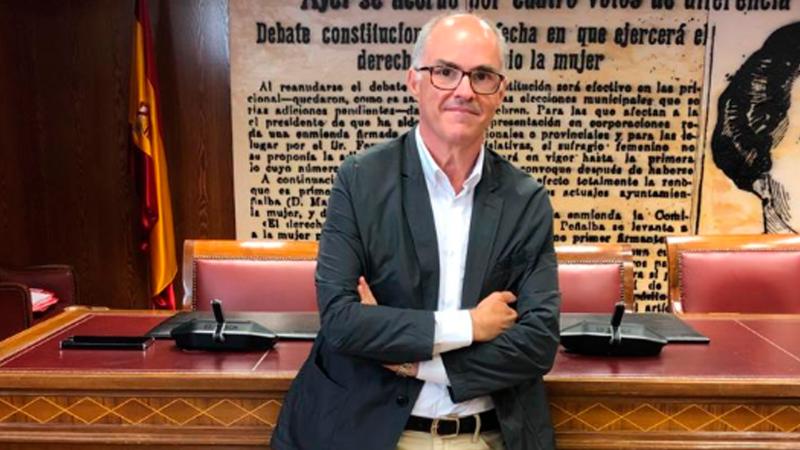 """Las mañanas de RNE con Íñigo Alfonso - De Rosa, ex-vicepte del CGPJ, cree que con Delgado en la Fiscalía """"hay un riesgo de conflicto"""" - Escuchar ahora"""