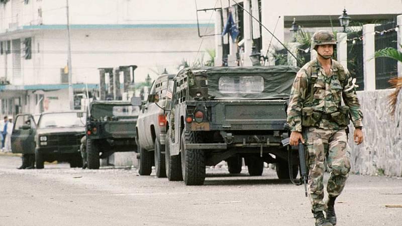 24 horas - En algún lugar del tiempo: la invasión de Panamá y la muerte de Juantxu Rodríguez - Escuchar ahora