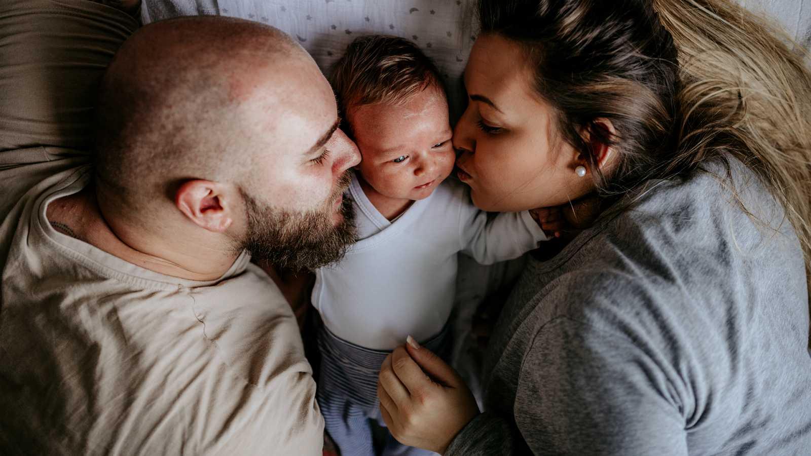Diez minutos bien empleados - Complemento de maternidad, también para ellos - 20/01/20 - Escuchar ahora