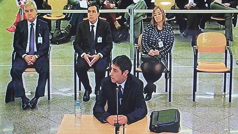 Boletines RNE - Trapero rechaza que tuviera conocimiento de los planes del Govern - Escuchar ahora