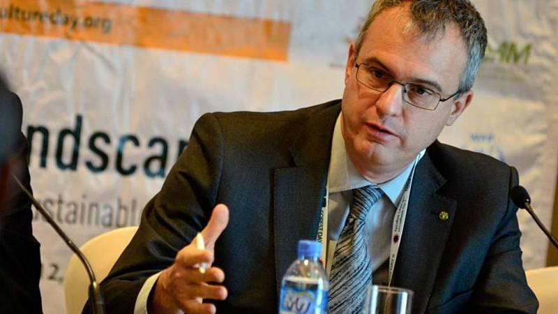 Agro 5 - El ministro defiende una cartera con contenido ante los retos de 2020 - 25/01/20 - Escuchar ahora