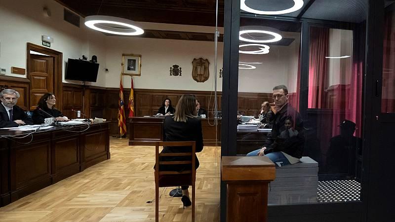 Boletines RNE - Fuertes medidas de seguridad en el juicio contra el conocido como Igor 'el Ruso' - Escuchar ahora