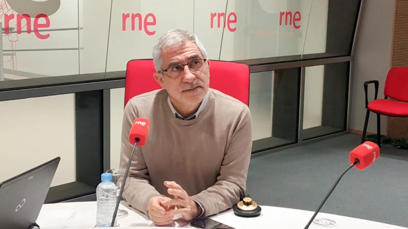 """Las mañanas de RNE con Íñigo Alfonso - Llamazares: """"La militancia en la izquierda languidece, es hipercrítica y fiscaliza a las direcciones""""  - Escuchar ahora"""