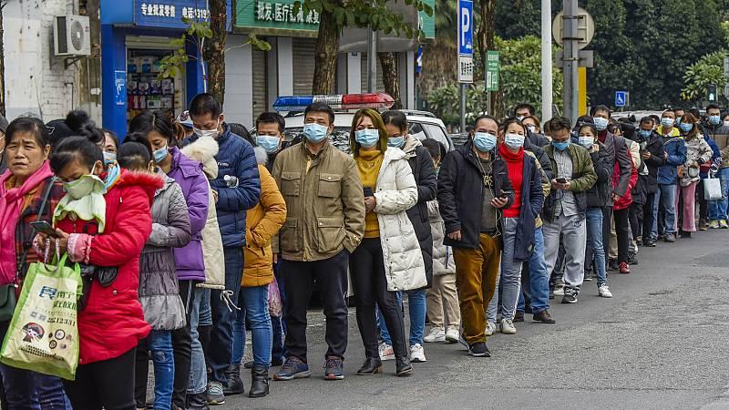 14 horas - El pico del brote de coronavirus podría llegar en 10 días - Escuchar ahora