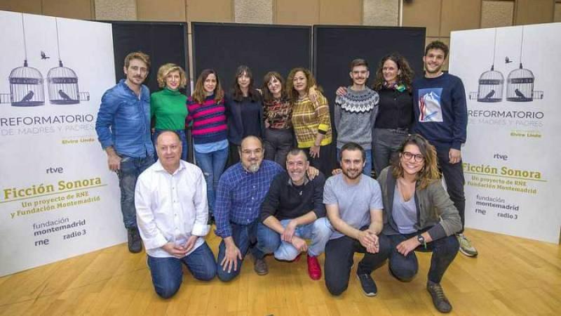En escena - Ficción sonora: 'Reformatorio de madres y padres', de Elvira Lindo - 30/01/20 - Escuchar ahora