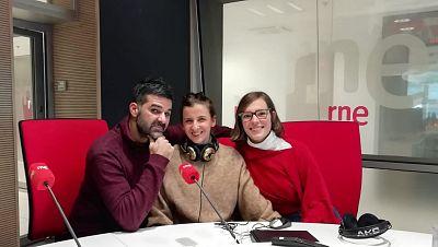 La sala - Una historia de Javier Lara con Rebeca Hernando y Mikele Urroz, en gira con 'Las canciones', 'Catástrofe' y 'Marta la piadosa' - 02/02/20 - escuchar ahora
