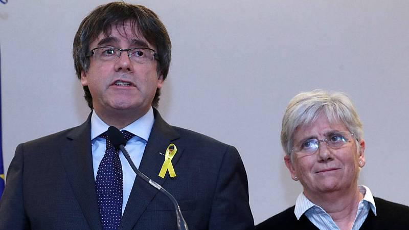 Boletines RNE - Reunión Sánchez-Torra: Puigdemont pide un compromiso para celebrar un nuevo referéndum de autodeterminación - Escuchar ahora