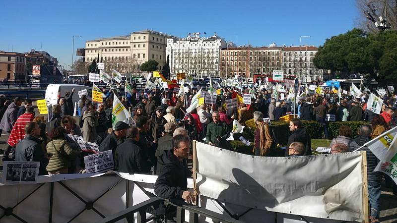14 horas - Las protestas de los agricultores y ganaderos llega a Madrid - Escuchar ahora