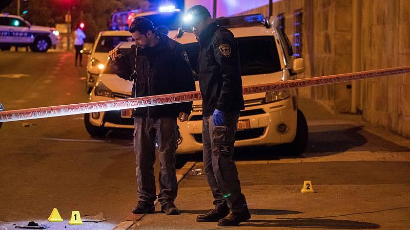 Las mañanas de RNE con Íñigo Alfonso - Al menos 12 soldados heridos en un atropello múltiple en Jerusalén - Escuchar ahora
