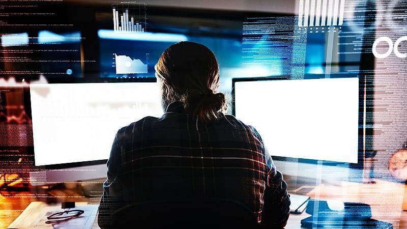 14 horas - Hacker, la profesión más demandada - Escuchar ahora
