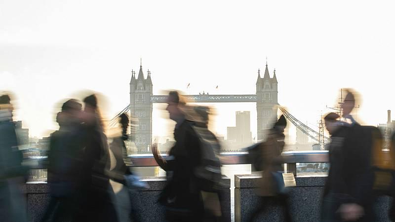 14 horas - Reino Unido cierra las puertas a los trabajadores no cualificados - Escucha ahora