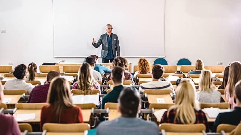 14 horas - Los profesores asociados denuncian su precariedad y no descartan movilizaciones - Escuchar ahora