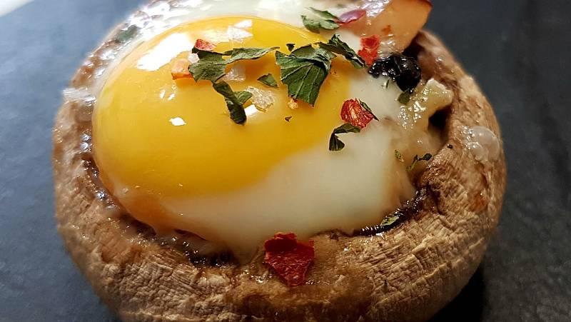 Marca España - Champiñones con huevo y queso - escuchar ahora