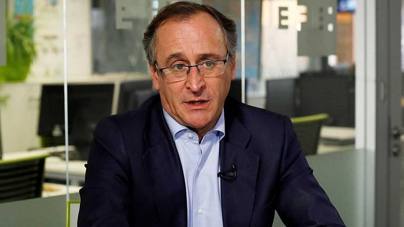 Boletines RNE - Alfonso Alonso dimite como presidente del PP vasco - Escuchar ahora
