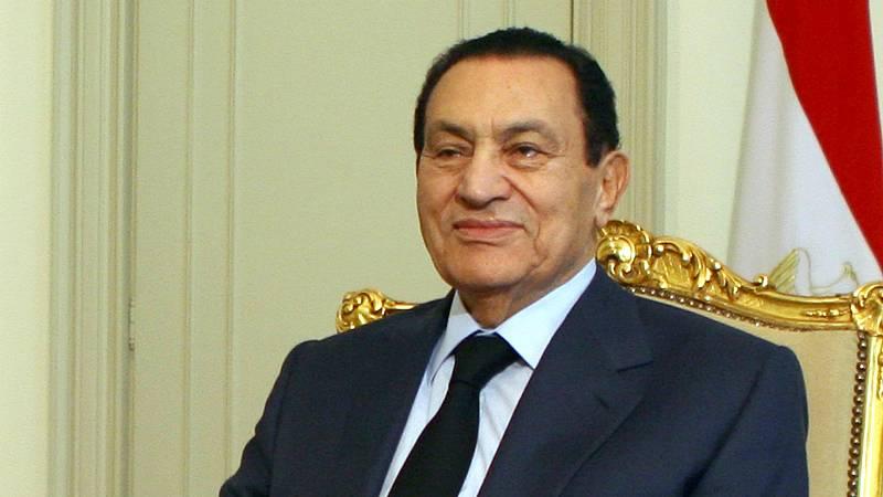 Boletines RNE - Muere Hosni Mubarak, expresidente de Egipto, con 91 años - Escuchar ahora