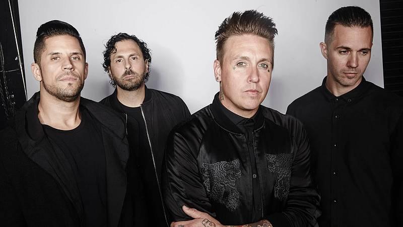 Bandera negra - Papa Roach & Hollywood Undead - 27/02/20 - escuchar ahora