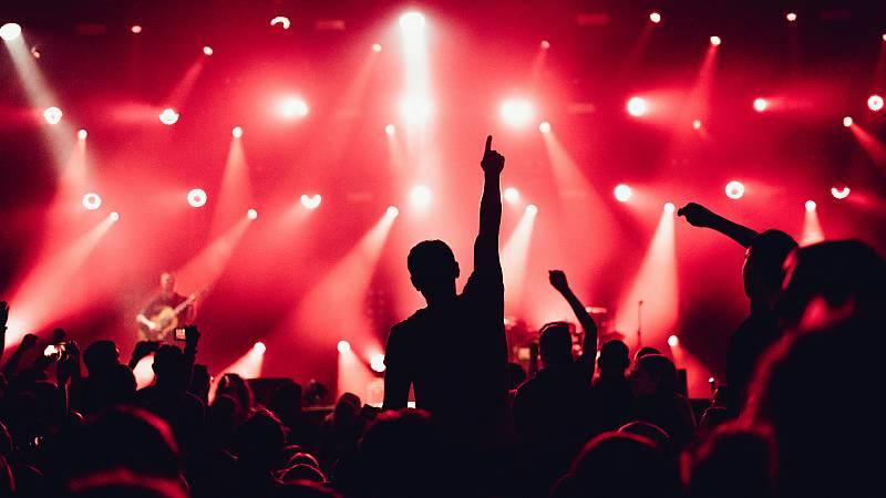 14 horas - La música en vivo crece por sexto año consecutivo -. Escuchar ahora
