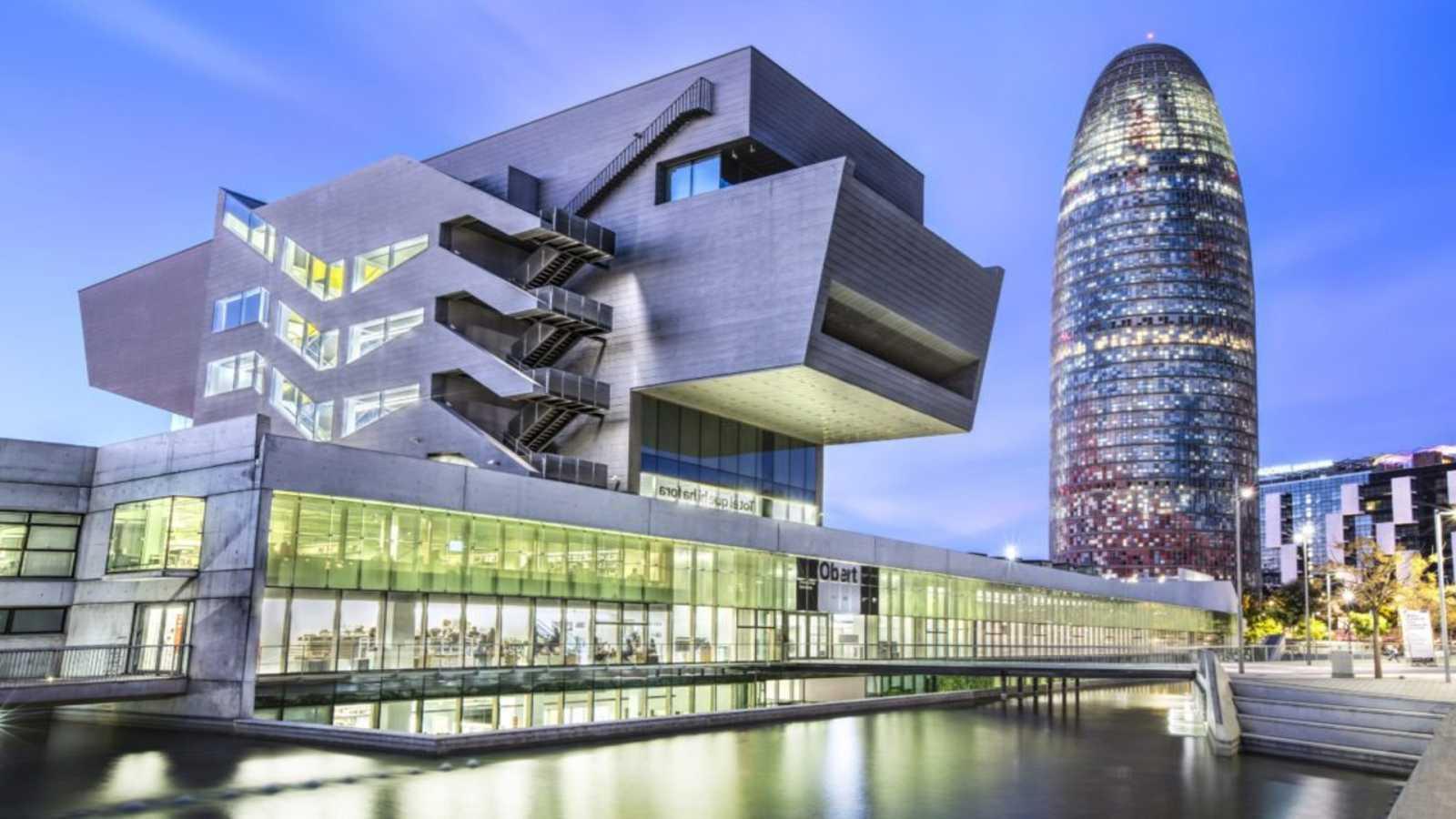 Escapadas - Museo del diseño de Barcelona - 29/02/20 - Escuchar ahora