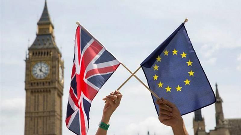 Europa abierta en Radio 5 - Reino Unido y UE inician la complicada negociación para cerrar el divorcio - 04/03/20 - Escuchar ahora