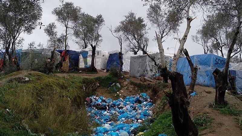 Las mañanas de RNE con Íñigo Alfonso - Miles de migrantes se concentran en la frontera greco-turca donde aumenta la tensión - Escuchar ahora