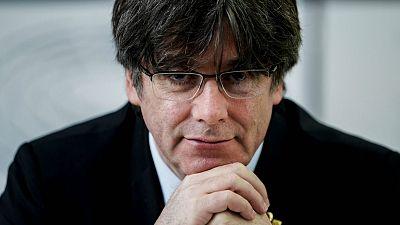 Boletines RNE - Una juez pide al Supremo que investigue a Puigdemont por fraude en la gestión del agua de Girona - Escuchar ahora