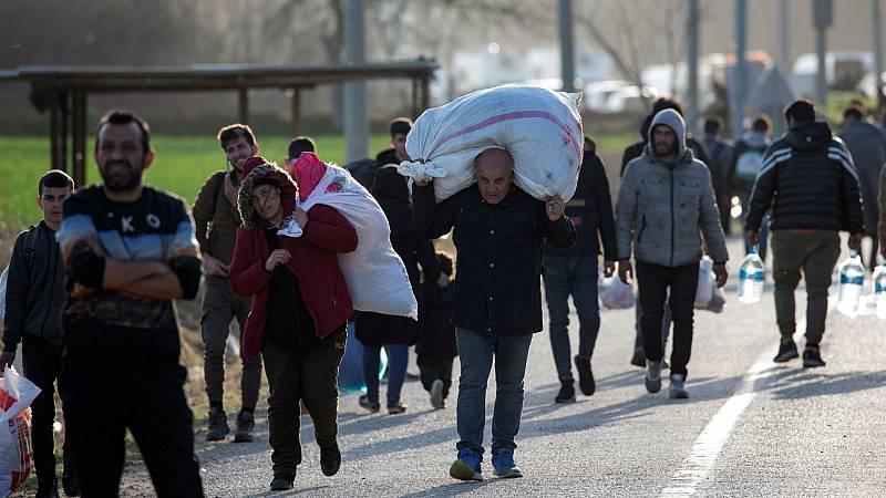 Las mañanas de RNE con Íñigo Alfonso - La crisis de los refugiados entre Grecia y Turquía analizada por los ministros de Exteriores de los 27 - Escuchar ahora
