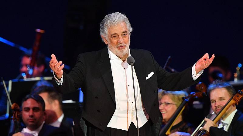 Boletines RNE - Plácido Domingo, fuera de la Royal Opera House de Londres - Escuchar ahora