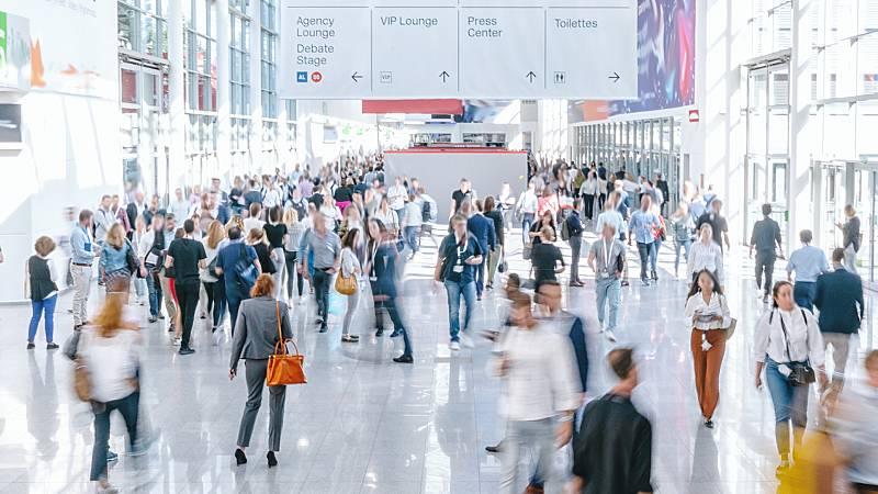 España a las 8 Fin de Semana - El coronavirus frena el turismo y rebaja las previsiones de crecimiento de las economías del G20 - Escuchar ahora