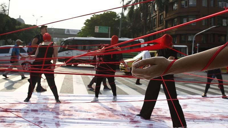 España a las 8 Fin de Semana - Las mujeres en Colombia, objetivo de la violencia del narcotráfico - Escuchar ahora
