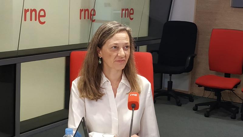 """14 horas fin de semana - Victoria Rosell: """"Hay que abrir otras puertas, no solo la penal contra la violencia de género"""" - Escuchar ahora"""