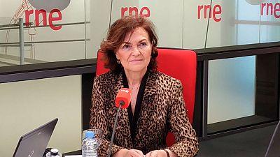"""Las mañanas de RNE con Íñigo Alfonso - Carmen Calvo reconoce que ya hay """"situaciones de daño económico"""" por el coronavirus - Escuchar ahora"""