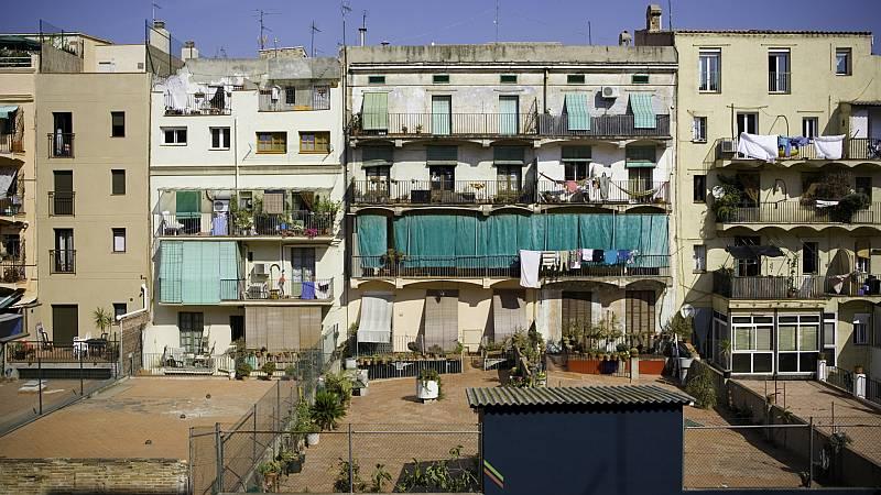 Boletines RNE - La desigualdad, una asignatura pendiente para España según la OCDE - Escuchar ahora