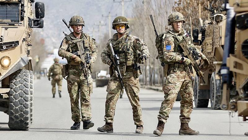 Las mañanas de RNE con Íñigo Alfonso - Los soldados españoles desplegados en Afganistán dejarán el país cuando lo decida la OTAN - Escuchar ahora