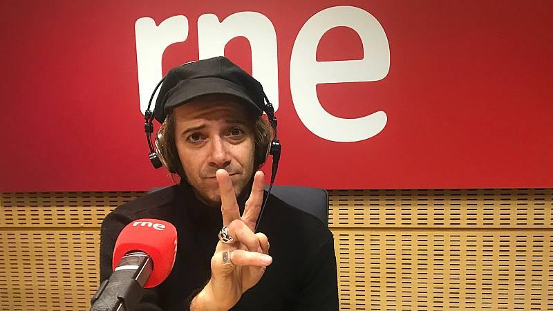 El útero musical de Álvaro Suite - Escuchar ahora