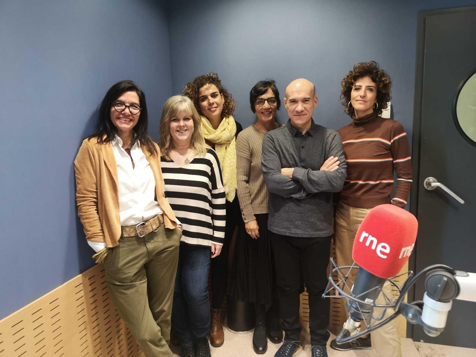 Feminismes a Ràdio 4 - Visc sola i no em sento sola