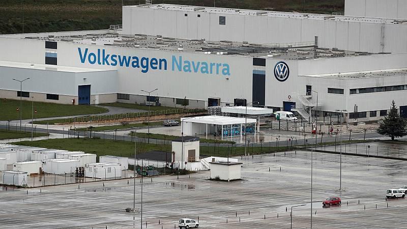 Boletines RNE - Volkswagen cierra la mayoría de sus fábricas en Europa - Escuchar ahora