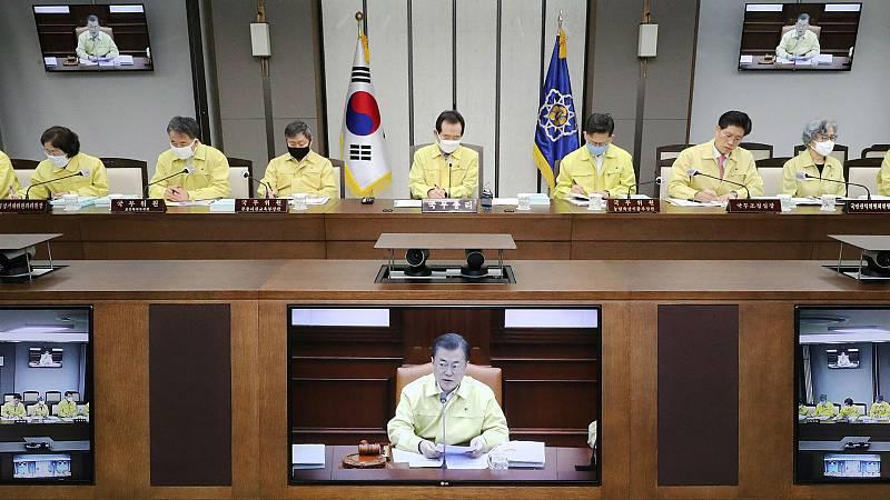 14 horas - Corea del Sur frenó la curva haciendo el test a todos los contactos con contagiados - Escuchar ahora