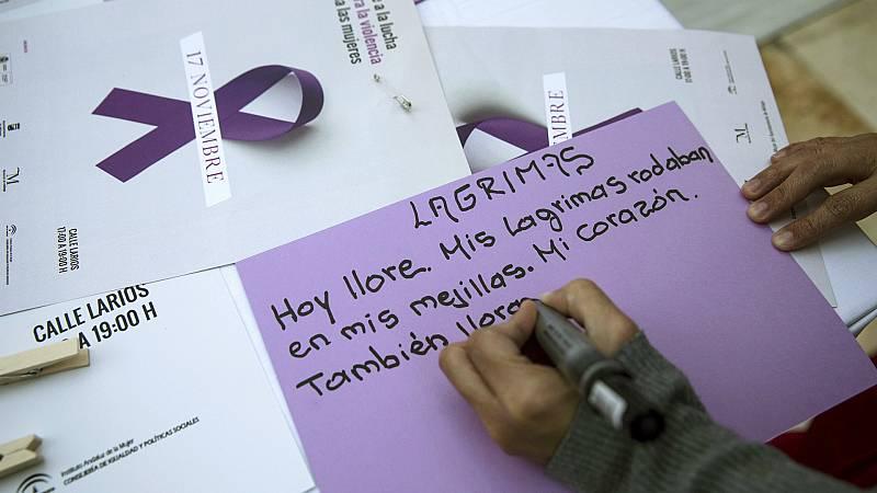 Boletines RNE - Se disparan las llamadas al 016 para las víctimas de violencia de género - Escuchar ahora