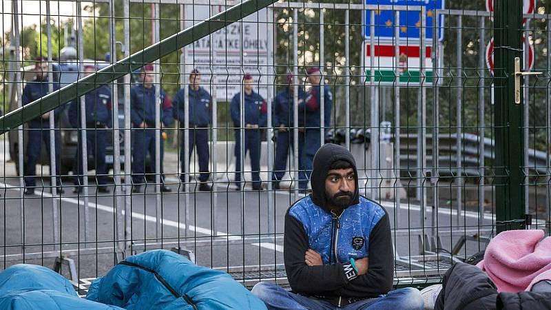Boletines RNE - Hungría, Polonia y República Checa, condenados por cerrar sus fronteras a los refugiados en 2015 - Escuchar ahora