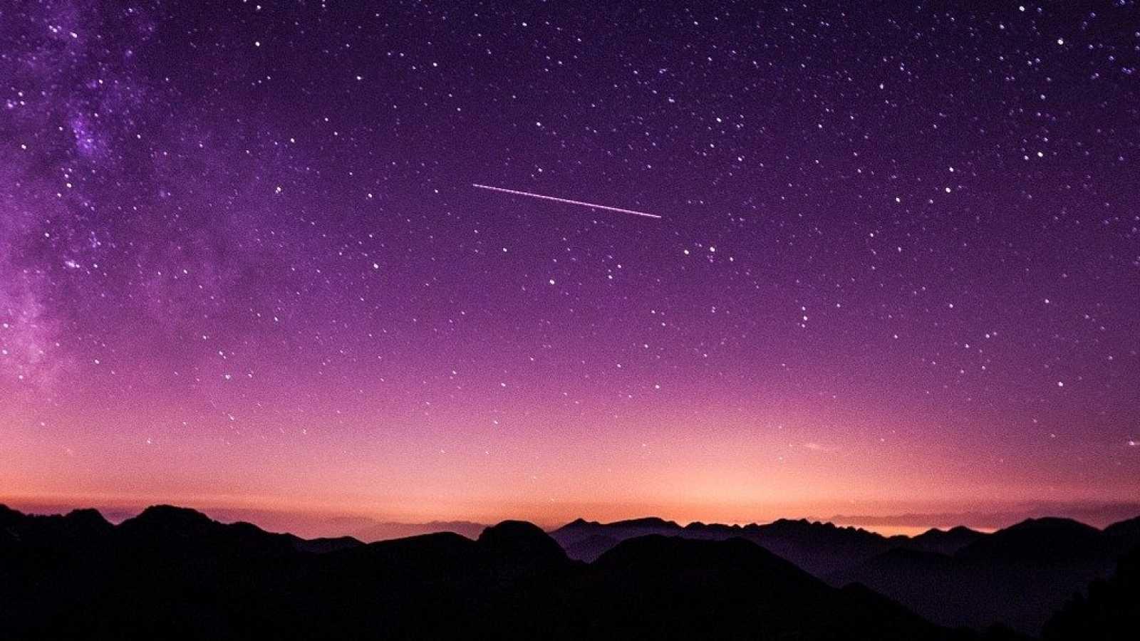 El gallo que no cesa - Tierra sin límites: Turismo astronómico - Escuchar ahora